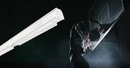 Lichtband SDT-match mit Basketballspieler